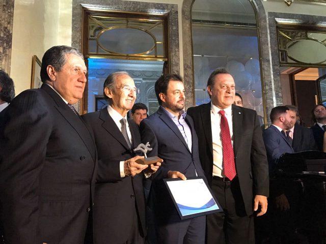 阿根廷葡萄酒先驱尼古拉斯·卡帝那受到嘉奖