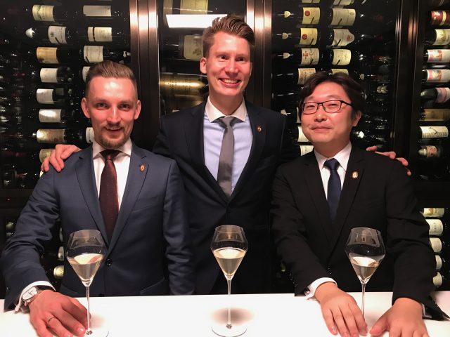 中国首位侍酒师大师诞生