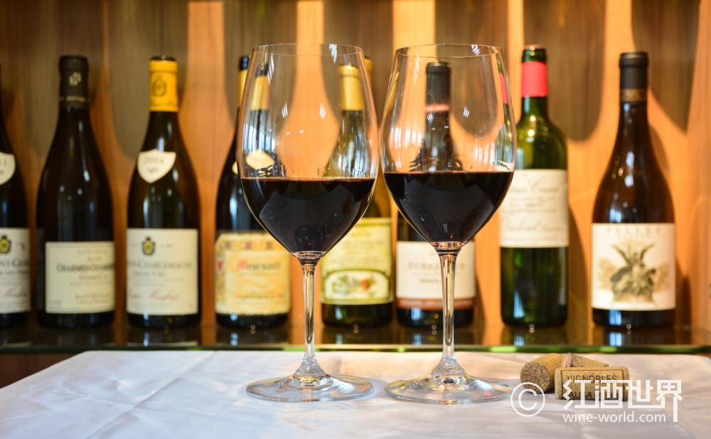 葡萄酒杯的内卷
