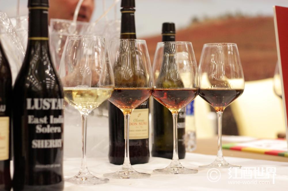葡萄酒的第三类香气
