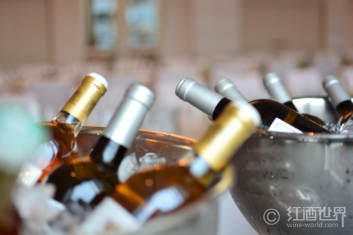 怎样用酒柜来储存葡萄酒
