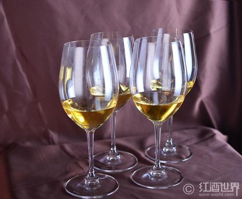 白葡萄酒,并非鱼的唯一!