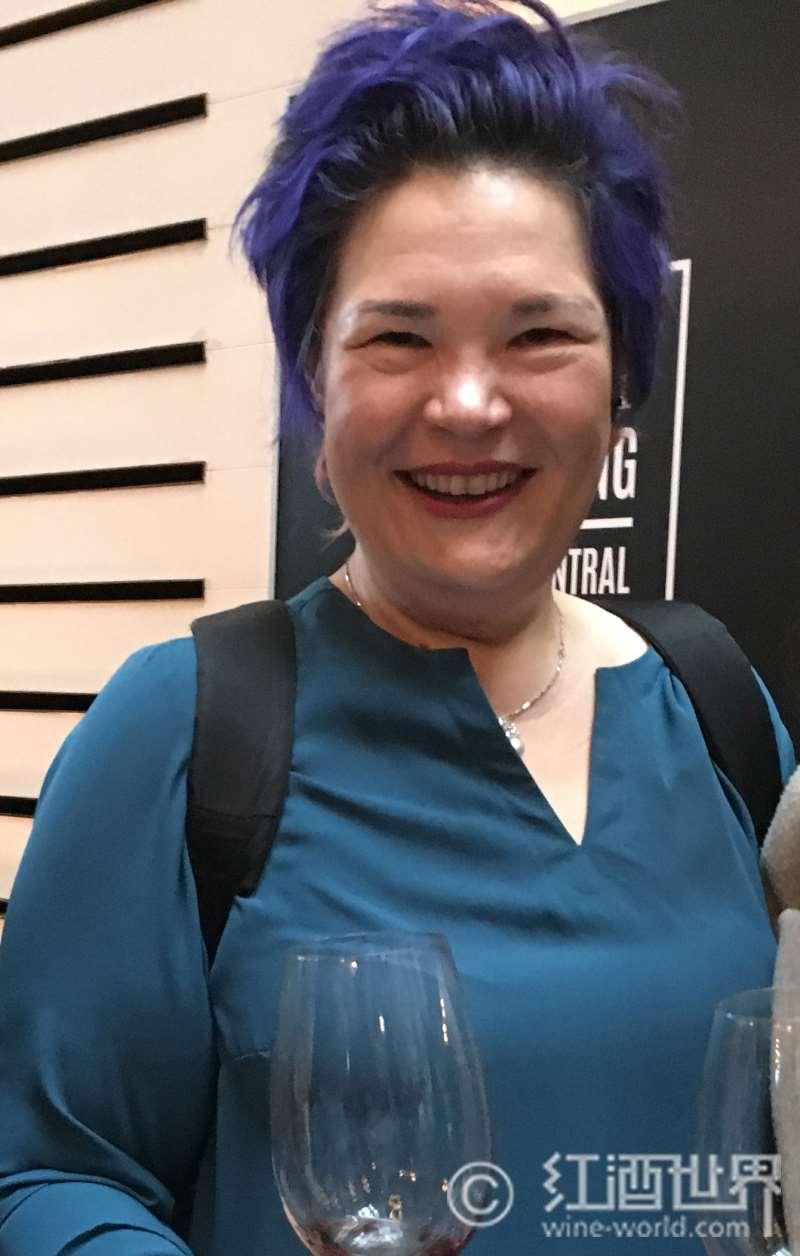 专访葡萄酒教育专家赵凤仪
