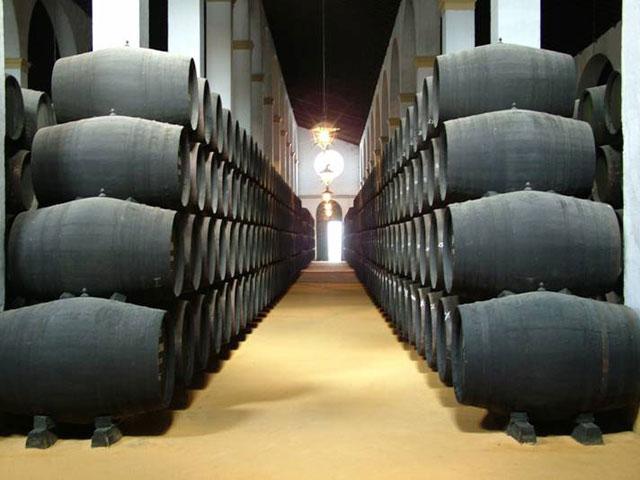 雪利酒:西班牙酒类的珍品