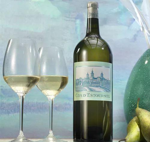 夏陽喚清涼:縱覽優秀經典的白葡萄酒