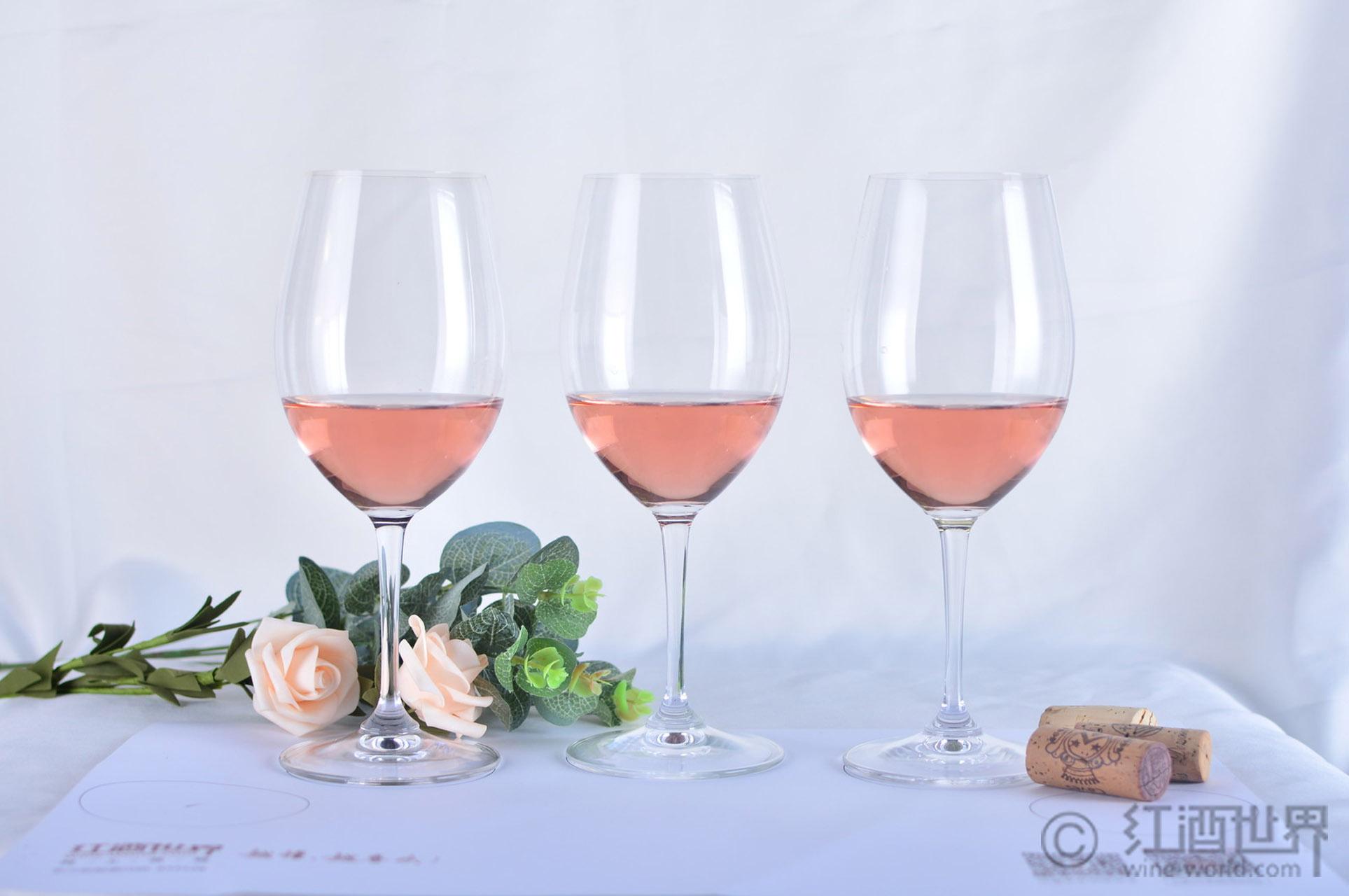 白仙粉黛和桃红葡萄酒之间的秘密