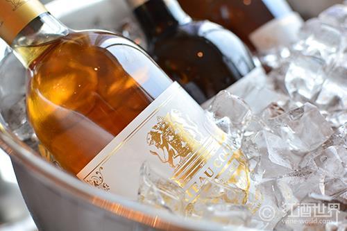 夏季饮酒,为葡萄酒降温都有哪些方式?