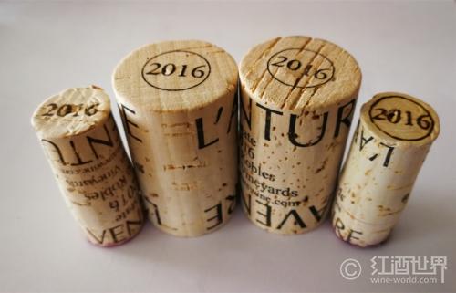 橡木塞封瓶葡萄酒较密闭瓶塞封瓶葡萄酒单价差增大