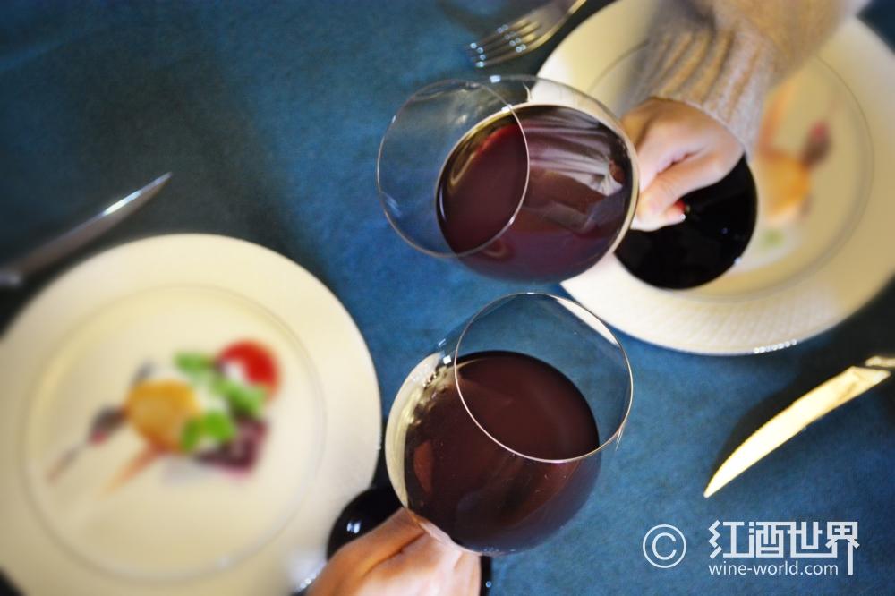 美酒美食贺新年,餐酒搭配有妙招