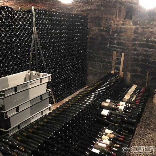 葡萄酒储存的大敌:光照
