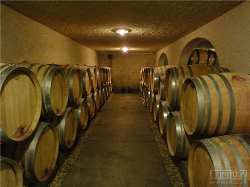 红酒世界勃艮第名庄探访之旅——四代传承的卡舍家族酒庄