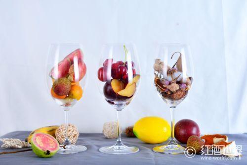 """""""伯乐""""相酒:怎样挑选最好的红葡萄酒"""
